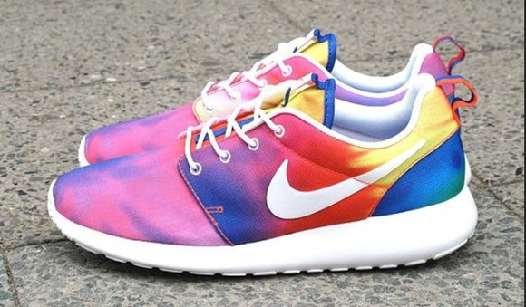shoes multicolor nike nike roshe run