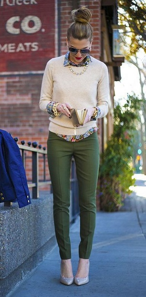 pants green slacks olive green cute businesses professional work outfits business casual sweater shirt cream business professional