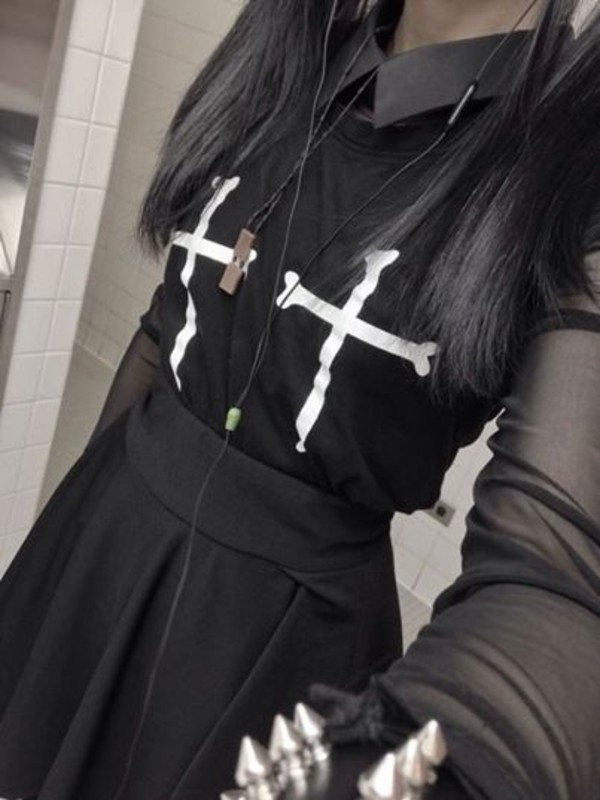 t-shirt shirt goth cross grunge cute cross shirt skirt blouse