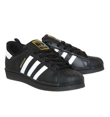 buy online 9ca6f 86a72 Adidas Superstar GS Black White Foundation - Hers trainers