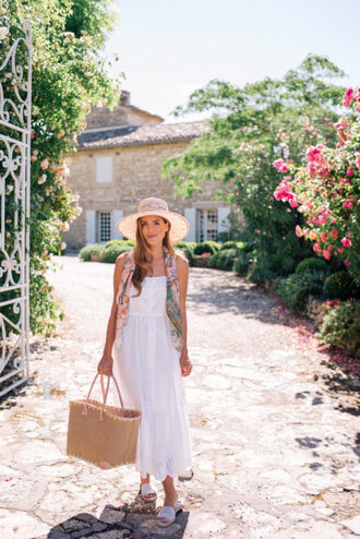 gal meets glam blogger dress scarf hat bag basket bag summer dress sandals sun hat white dress