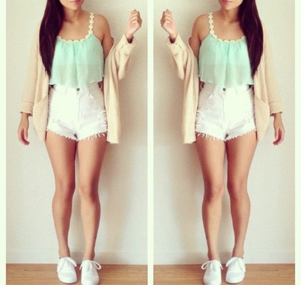 High Waisted Shorts Outfits Summer image information