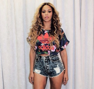 beyonce adiddas crop-top t-shirt jersey short blue jeans destroy jeans short jeans floral crop top blouse top beyoncé shirt adidas swag crop tops floral shirt shirt dope adidas top shorts earphones skirt