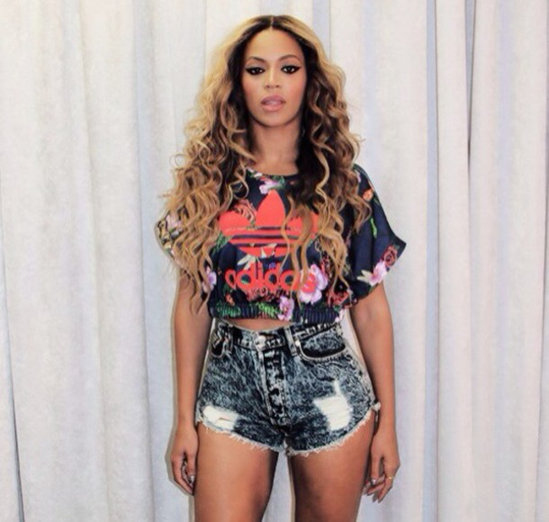 beyonce, adiddas, crop top, t shirt, jersey, short, blue