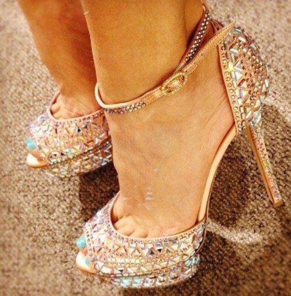 shoes gold shoes miley cyrus crystal cute outfits fashion gold diamonds  straps pumps rhinestones glamgerous sexy a8c3ba7489