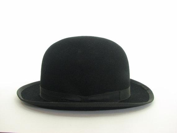 Vintage Black Bowler Hat 7 par snootieseconds sur Etsy 4f10166f53f