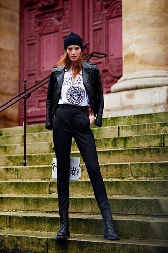 pants black pants boots black boots biker boots jacket leather jacket black leather jacket black jacket streetstyle white t-shirt t-shirt beanie