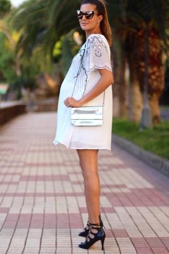 marilyn's closet blog blogger sunglasses dress bag shoes metallic bag maternity dress maternity sandals summer outfits
