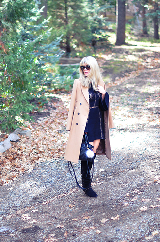 love maegan blogger camel coat jewels keychain fur fur keychain faux fur accessories accessory black dress dress mini dress bell sleeves bell sleeve dress short dress fall dress coat sunglasses black sunglasses over the knee boots over the knee black boots flat boots