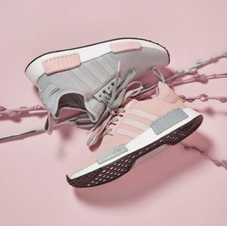 shoes adidas nmd pink