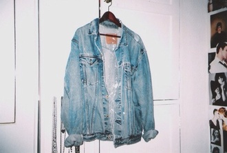 jacket denim jacket coat jeans vintage grunge 80s style hipster 90s style denim indie rock denim jacket vintage coat clothes old vintage denim oversized jaket blue
