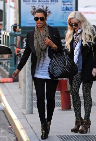 bag black scarf leggings kim kardashian winter outfits