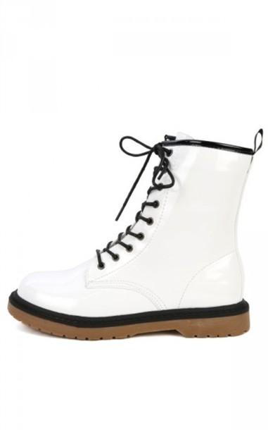 95b91ce229 shoes white black doc marten DrMartens cool fashion boots DrMartens combat boots  white doc martins doc