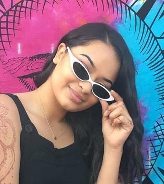 sunglasses jewels sunnies glasses white sunglasses cat eye cat-eyed sunglasses thin sunglasses skinny sunglasses small sunglasses tiny sunglasses accessories accessory necklace gold necklace jewelry marijuana marijuana necklace gold jewelry