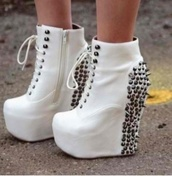 shoes,white,studs,boot,heels,wedges,spikes