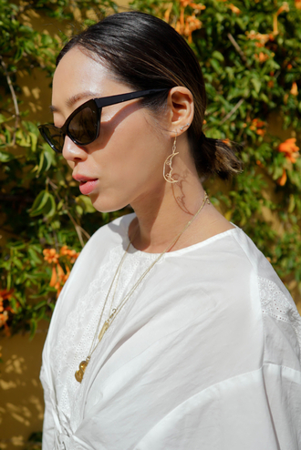 sunglasses black sunglasses jewels jewelry accessories accessory earrings necklace white top shirt white shirt