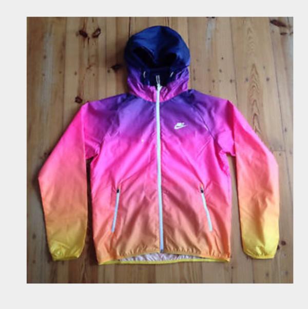 Nike Sunset Lightweight Windrunner Jacket M Hooded Multicolor ... 14dab972c