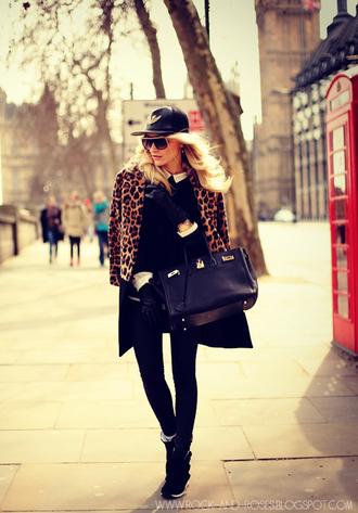 rock and roses coat blouse shirt shoes jewels bag pants sunglasses