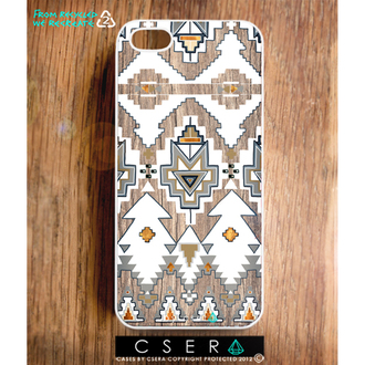 white bag wood iphone case iphone 5 case fashion accessory tribal trend iphone case iphone cover accessories accessory western southwestern tribal pattern aztec wood print gorgeous amazing pattern lovely trendy