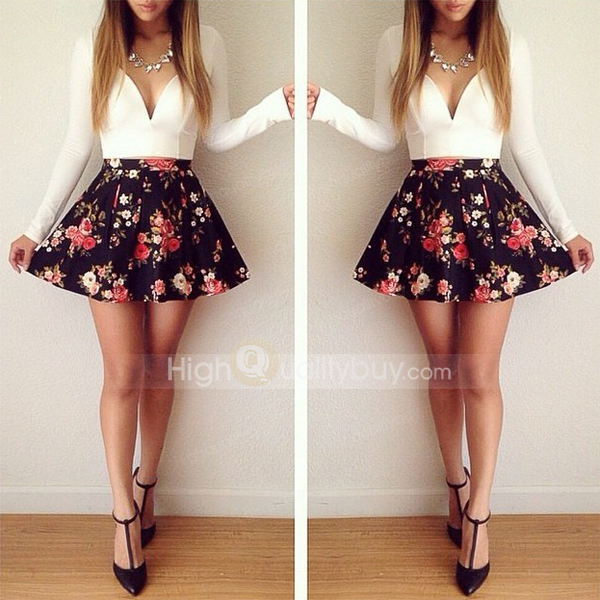Stylish v neck long sleeve tiny floral print short dress for women