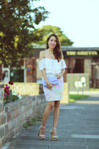 preppy fashionist blogger peasant top floral skirt