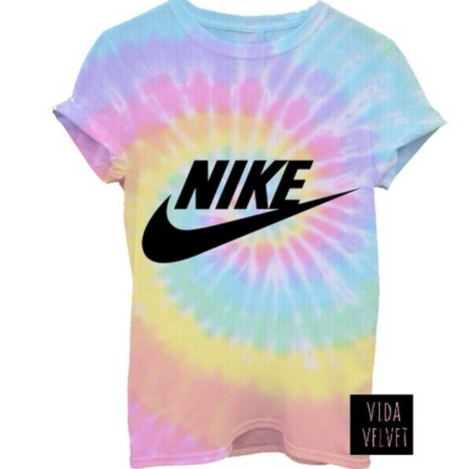 Nike tie dye t shirt t shirt print tie nike for Nike tie dye shirt and shorts