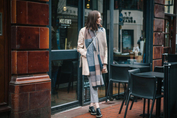 shot from the street blogger coat blanket scarf