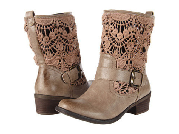 Visit Free People's website to view all of the their Spring shoe collection