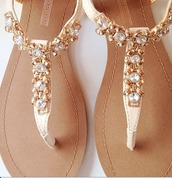 shoes,sandals,pearl,white,beige,flat sandals,gold