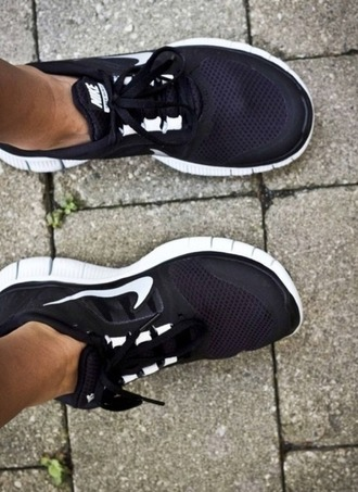 nike black shoes nike running shoes gym bunny