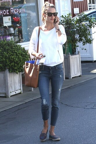 jeans alessandra ambrosio flats