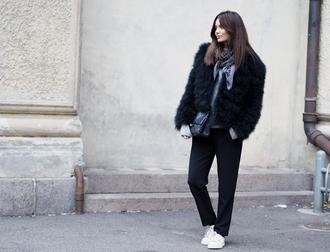 by funda blogger jacket scarf bag fur faux fur