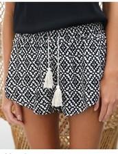 shorts,cute blackandwhite