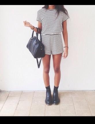 shirt t-shirt stripes shorts bag boots black white set