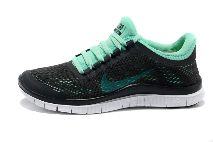 nike free 3 0 v5 womens dark charcoal green glow summit. Black Bedroom Furniture Sets. Home Design Ideas