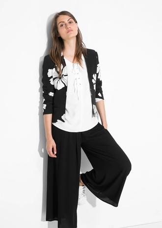jacket floral jacket floral print jacket crop tops gray black and white jacket black and white print top just no logo