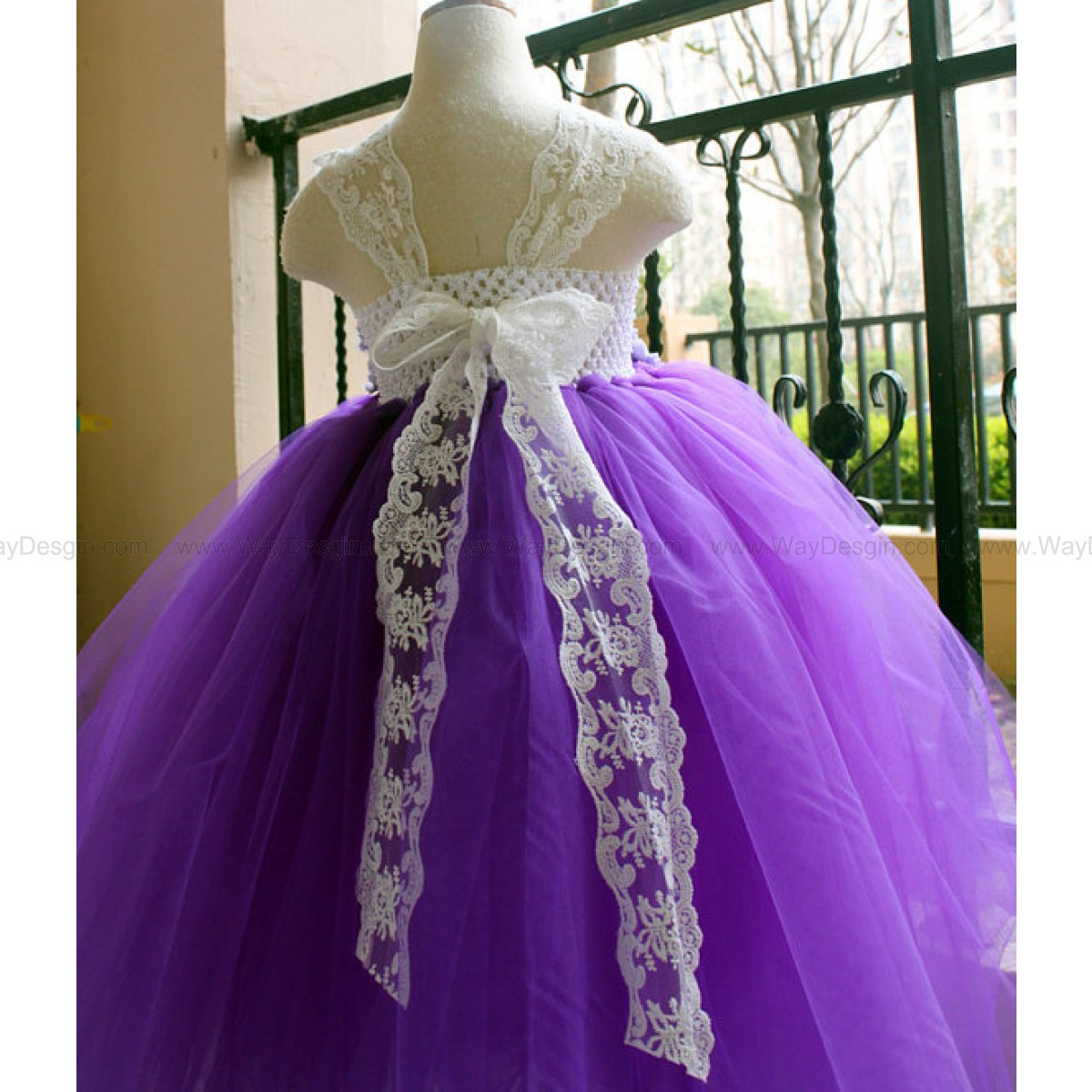 Flower Girl Dress Purple lace tutu dress baby dress toddler birthday dress wedding dress