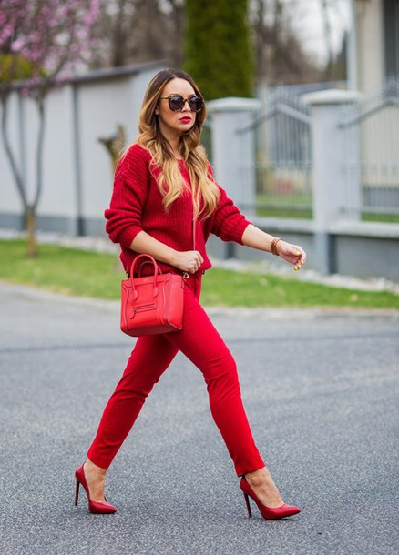 Cashmere in style blogger red pants red bag red sweater red heels red cashmere jumper ...