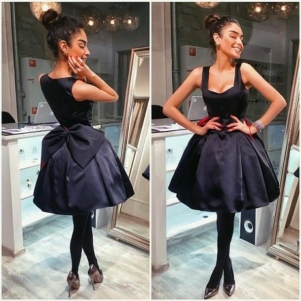 dress friends fashion women bows dress love trendy tumblr clothes prom dress black dress bow dress poofy dress black