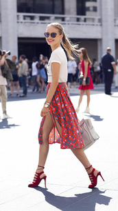 skirt,floral,high waisted,red,midi skirt,shoes,shorts,slit skirt,red high heels,chiffon midi skirt,red skirt,red floral skirt,sandals,high heel sandals,red sandals,Red suede sandals,red high heel sandals,floral skirt,t-shirt,white t-shirt,sunglasses,summer outfits