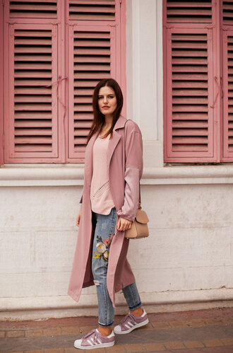 the bow-tie blogger coat sweater jeans bag pink coat pink sweater sneakers shoulder bag long coat spring outfits