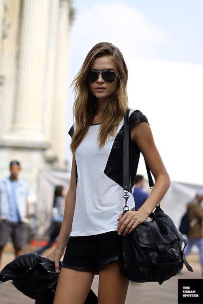 top minimalist blouse black and white