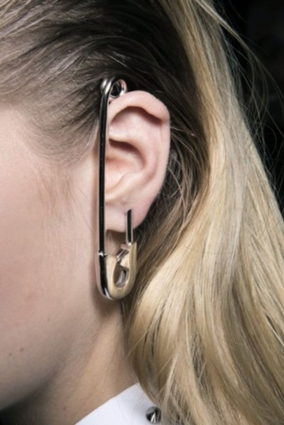 jewels earrings gold safety pin earrings earrings cool indie grunge yes minimalist jewelry accessories ear cuff oversized white shirt colar studs earrings sliver