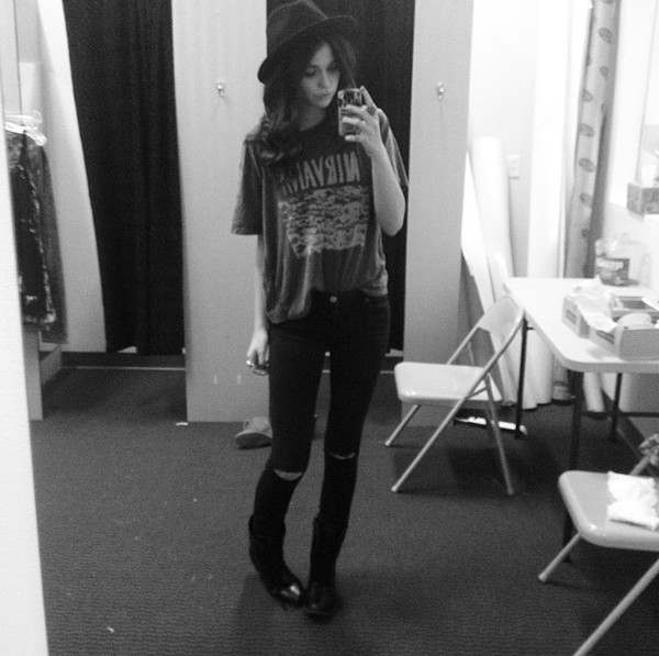 jeans black ripped jeans acacia brinley t-shirt skater hipster punk black jeans acacia brinley