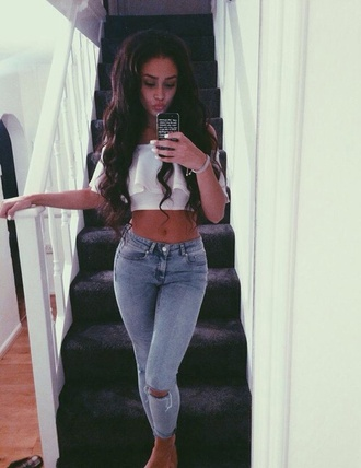 jeans high waisted top tank top shirt white crop tops white top flowy crop tops ripped jeans blouse