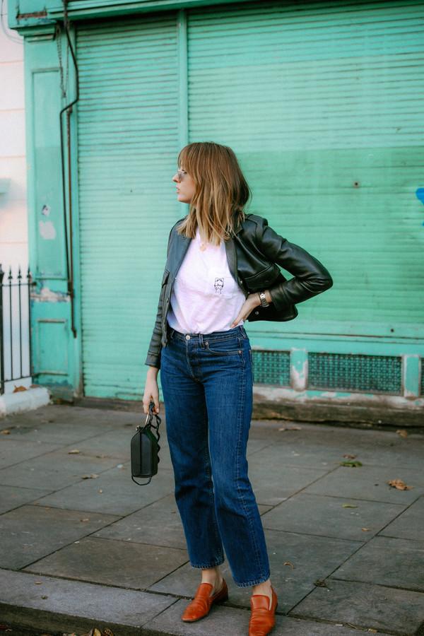 t-shirt tumblr black jacket leather jacket black leather jacket shoes brown shoes denim jeans blue jeans white t-shirt