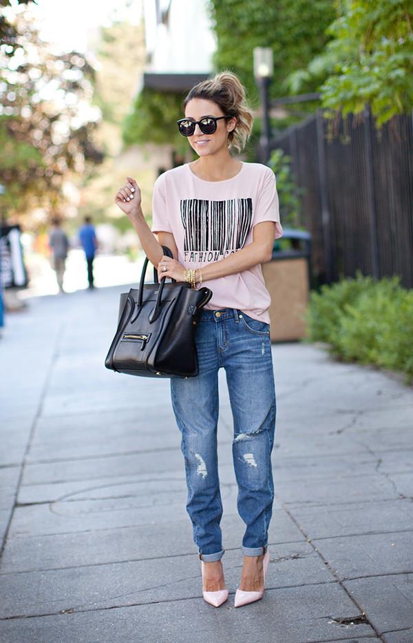 hello fashion t-shirt jeans shoes sunglasses jewels bag