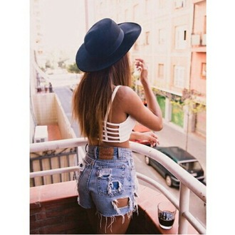 hat black hat white crop tops jeans short highwaisted higwaist highwaisted short crop top