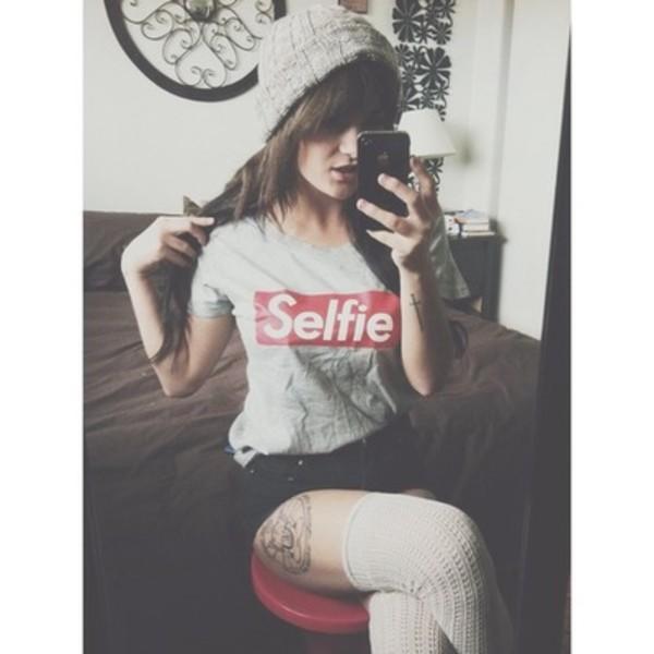 shirt selfie beanie High waisted shorts