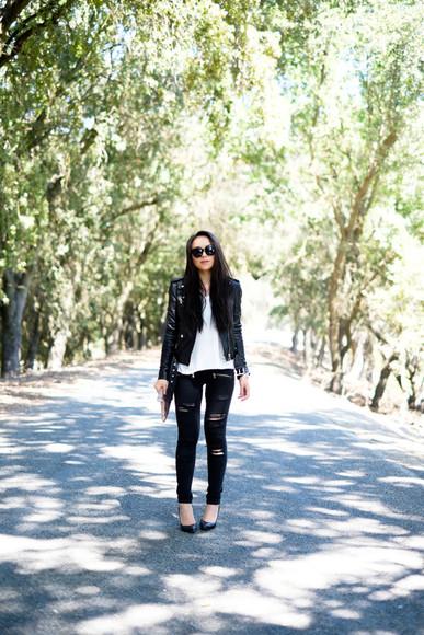 blogger shoes sunglasses jacket jeans the fancy pants report